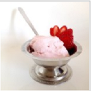 Клубнично-йогуртовое мороженое