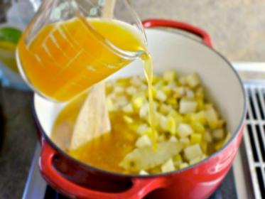 Готовим «Суп-пюре картофельный с беконом»