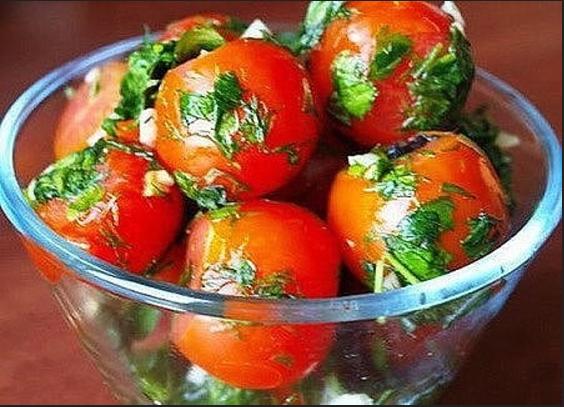 Солим помидоры в пакетах!